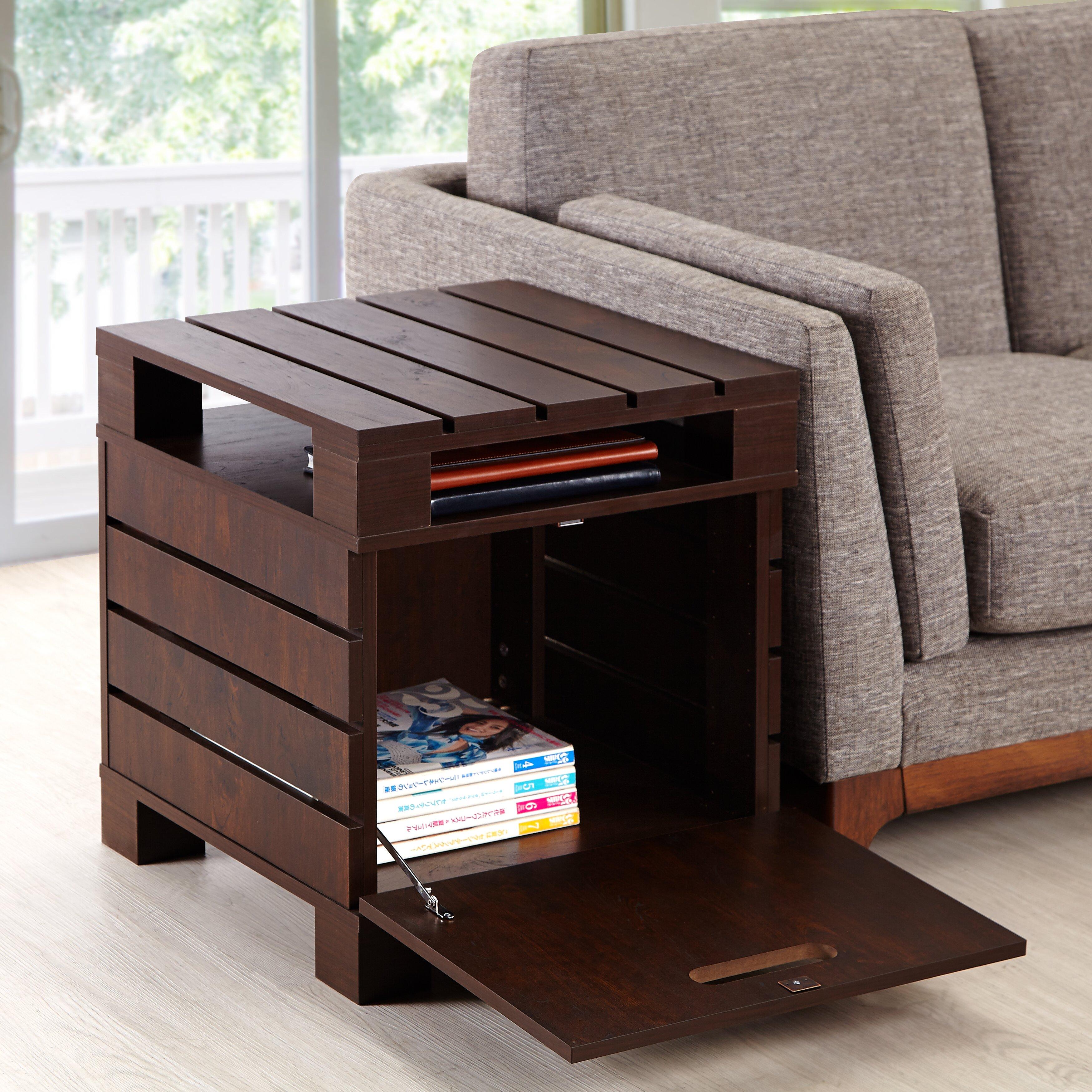 hokku designs pallet end table reviews wayfair. Black Bedroom Furniture Sets. Home Design Ideas