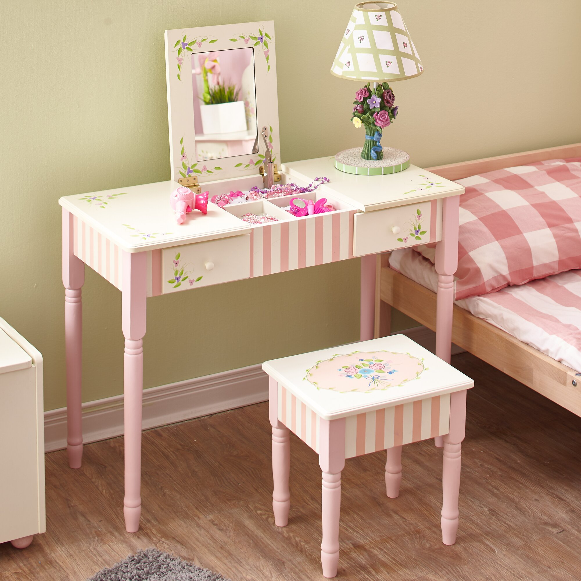 Fantasy fields bouquet vanity table stool set reviews for Vanity table set