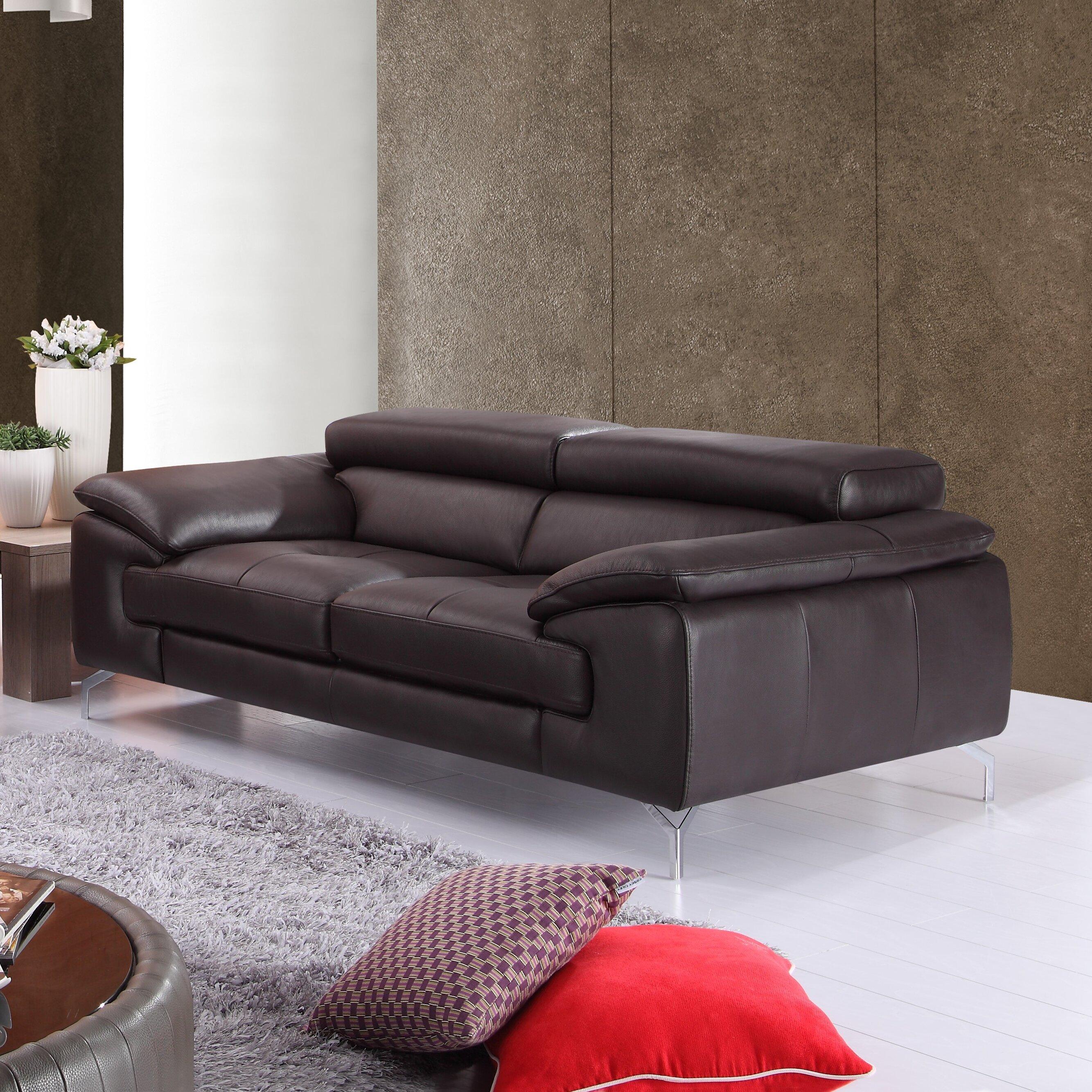 J M Furniture Italian Leather Loveseat Reviews
