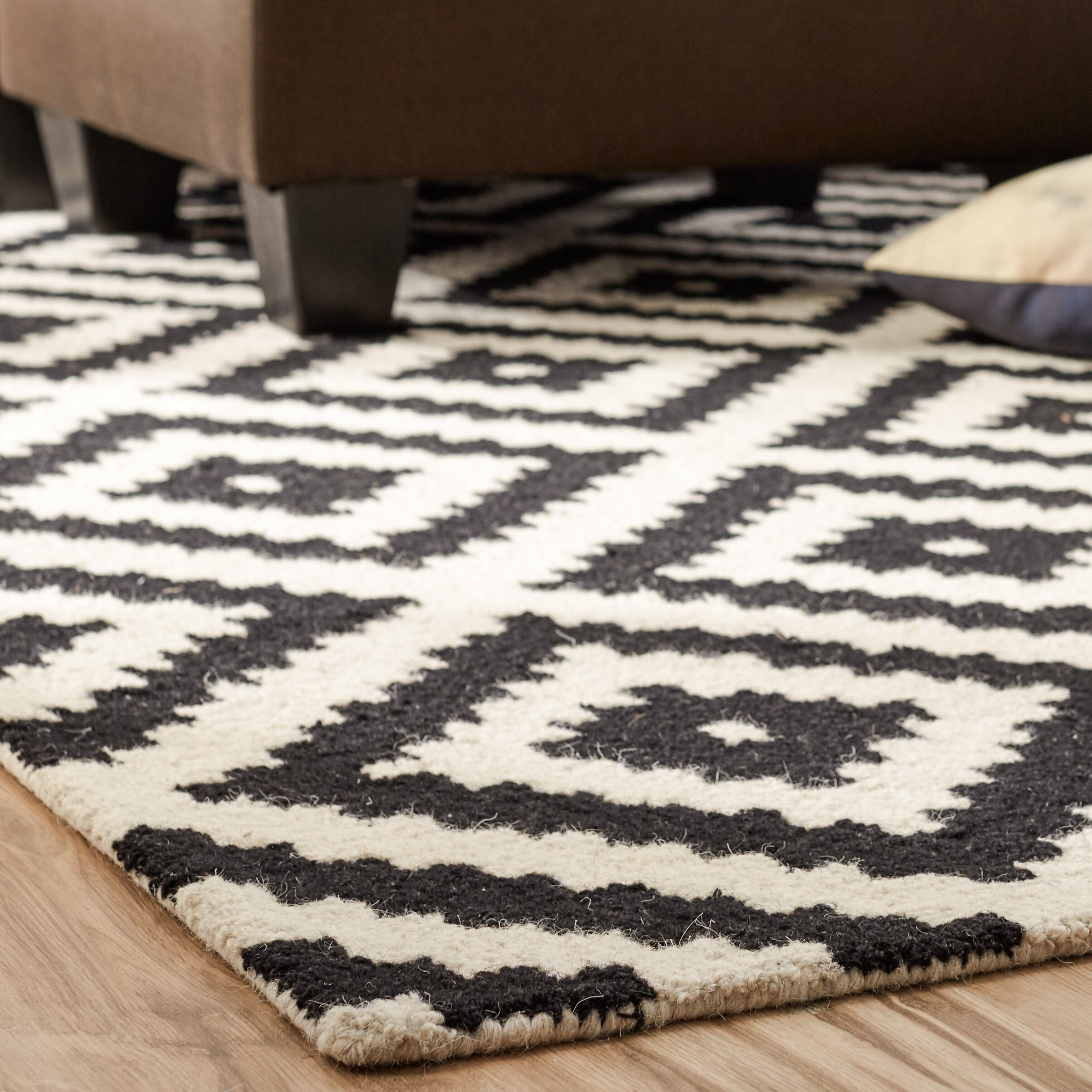 Dog Eating Wool Rug: Mercury Row Obadiah Hand-Tufted Black/Cream Area Rug