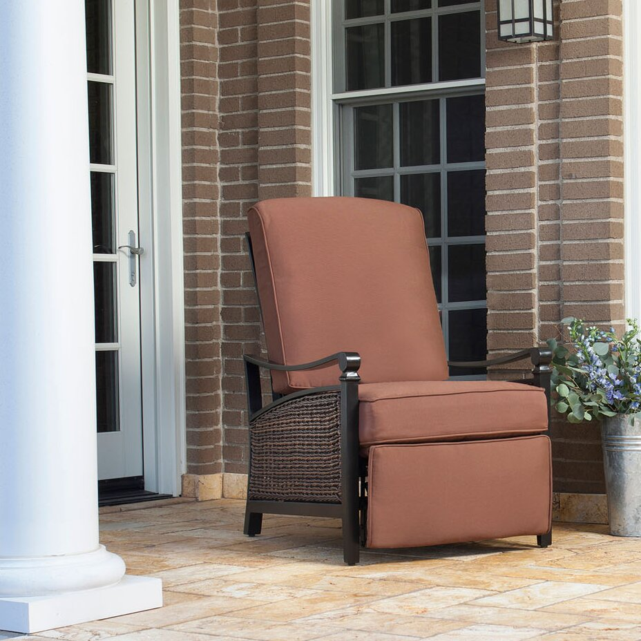 La Z Boy Carson Luxury Outdoor Recliner Chair With Cushion