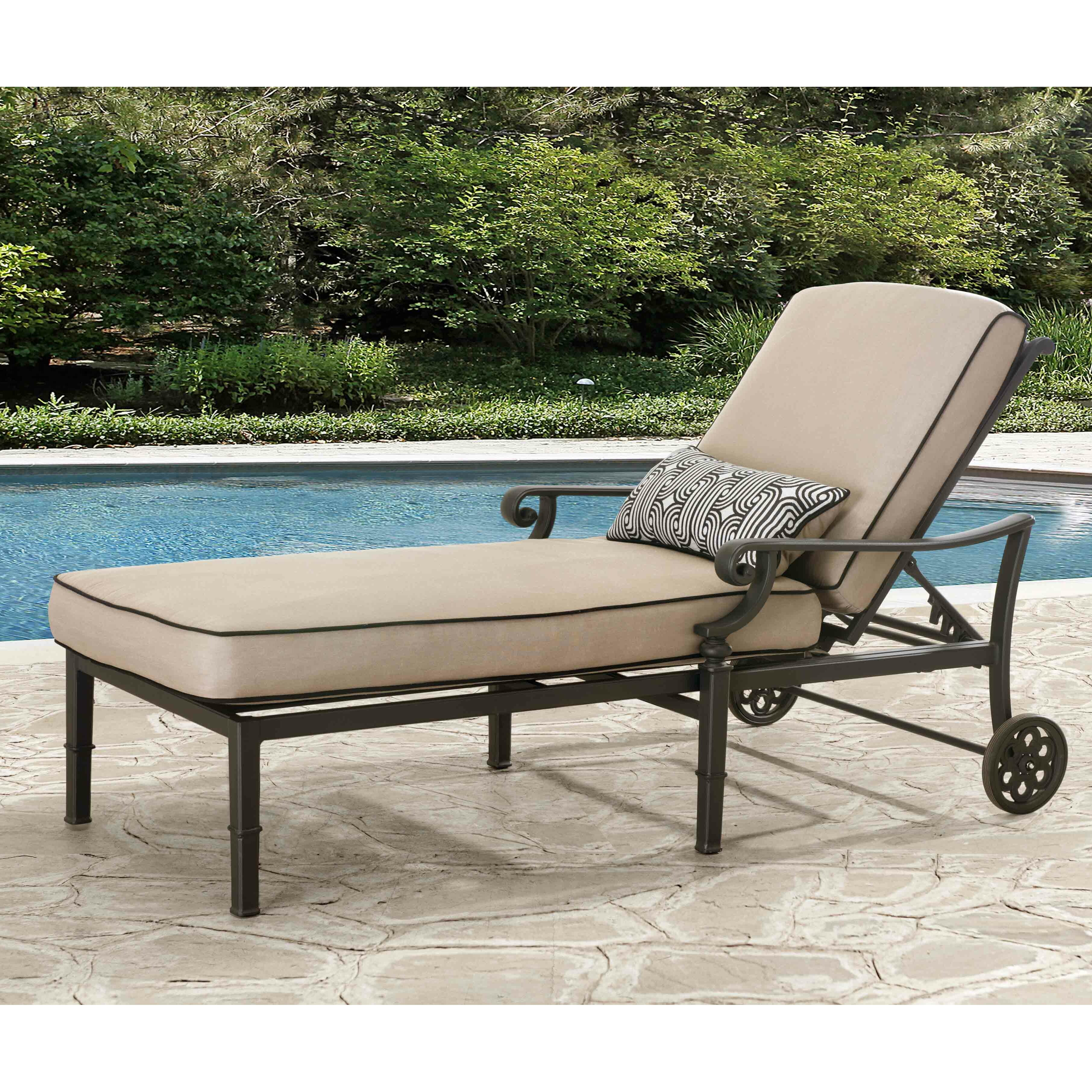 Darby home co derry chaise lounge with cushion wayfair for Chaise lounge company