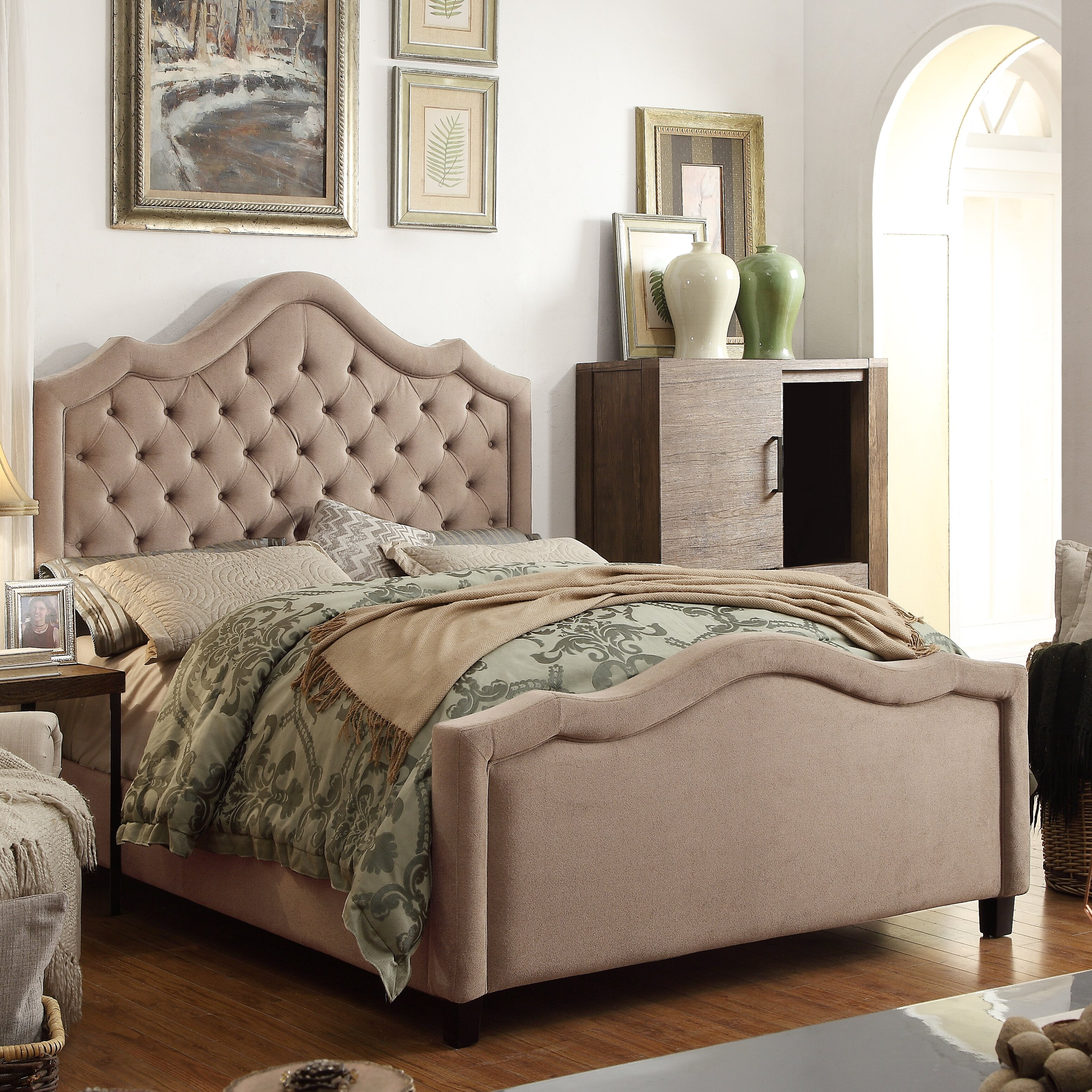 Mulhouse Furniture Alisa Queen Upholstered Panel Bed