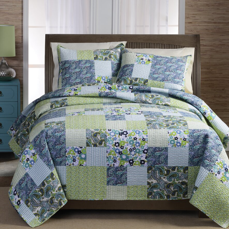 August Grove Jacquelyn Patchwork Quilt Set In Multi