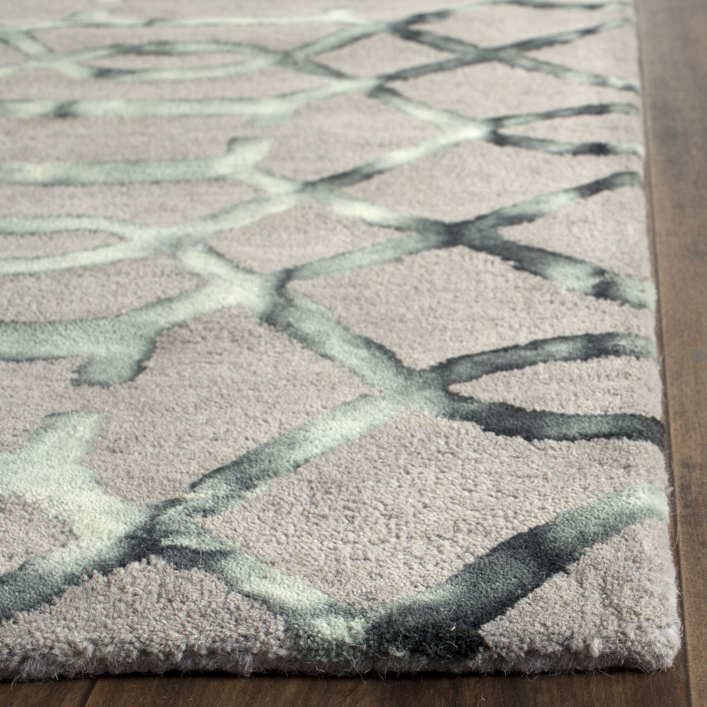 Trent Austin Design Briarwick Hand Tufted Gray Charcoal