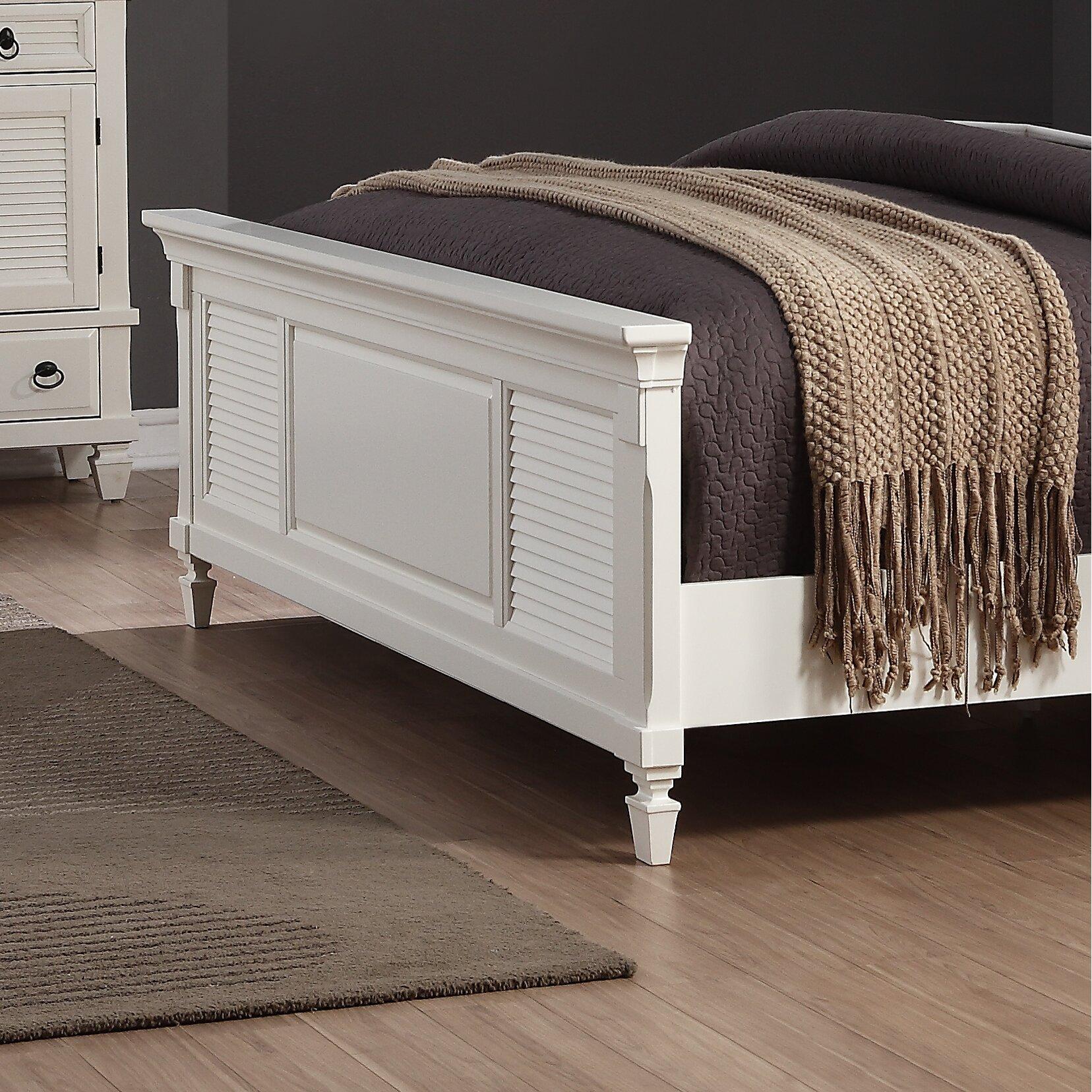 Roundhill Furniture Regitina Panel 5 Piece Bedroom Set
