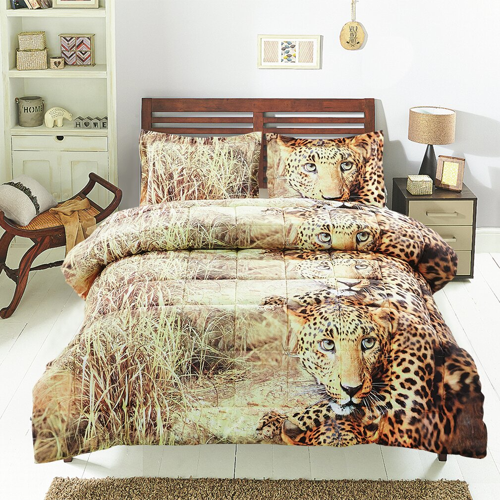 Homechoice international group the wild comforter set for Wild bedding