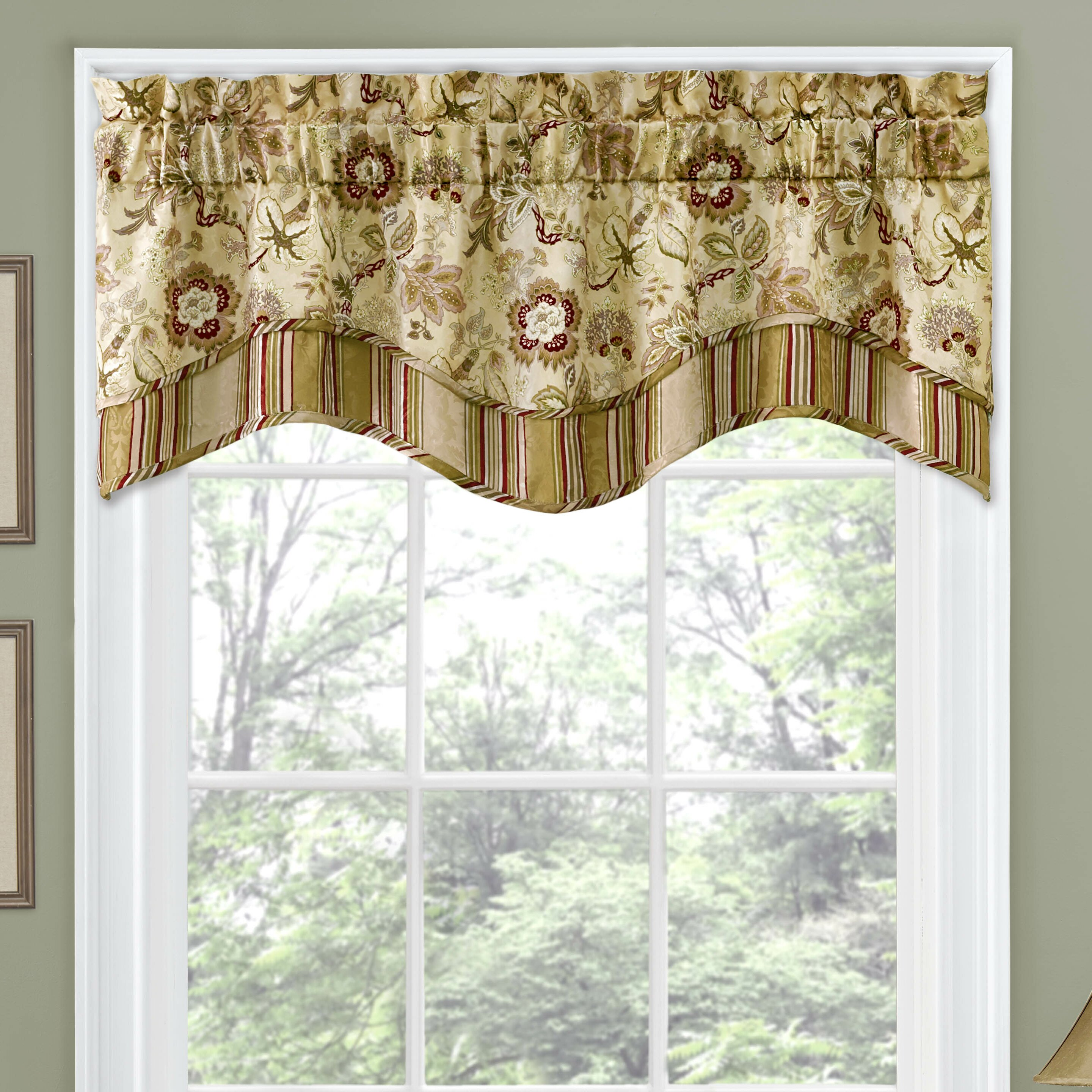 Traditions By Waverly Navarra Floral 52 Curtain Valance Reviews Wayfair