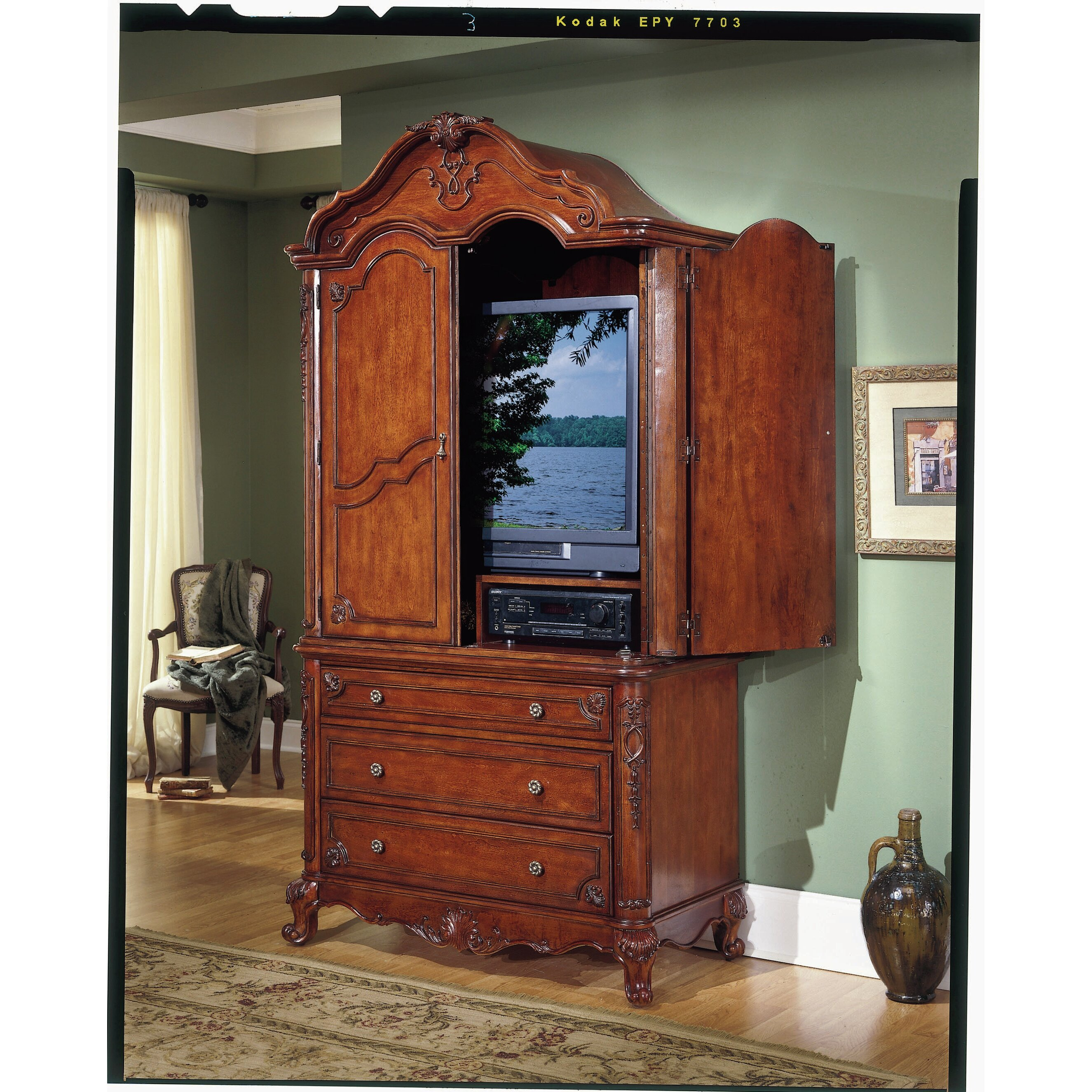 Tv Bedroom Furniture: Astoria Grand Drew Four Poster Customizable Bedroom Set