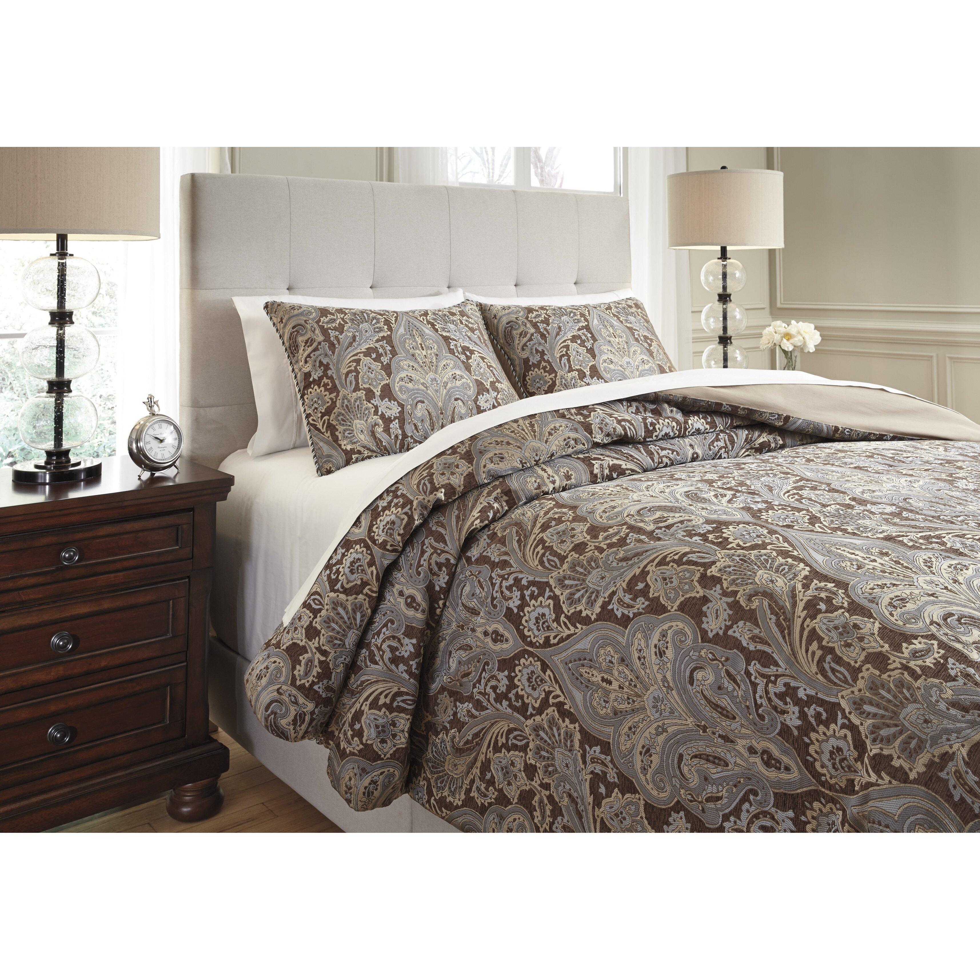 Astoria Grand Mullaghboy 3 Piece Reversible Comforter Set