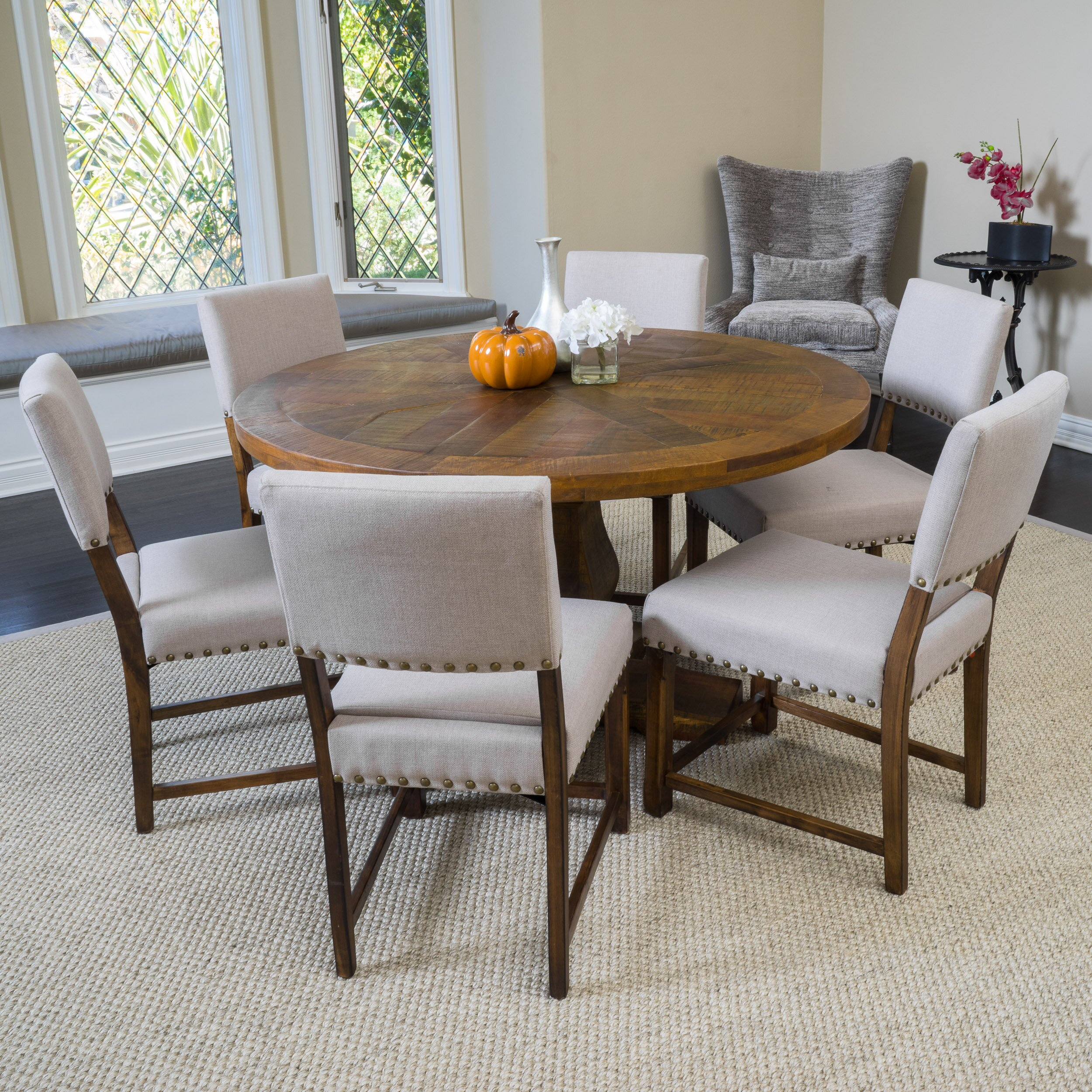 Laurel Foundry Modern Farmhouse Bradley Round Dining Table