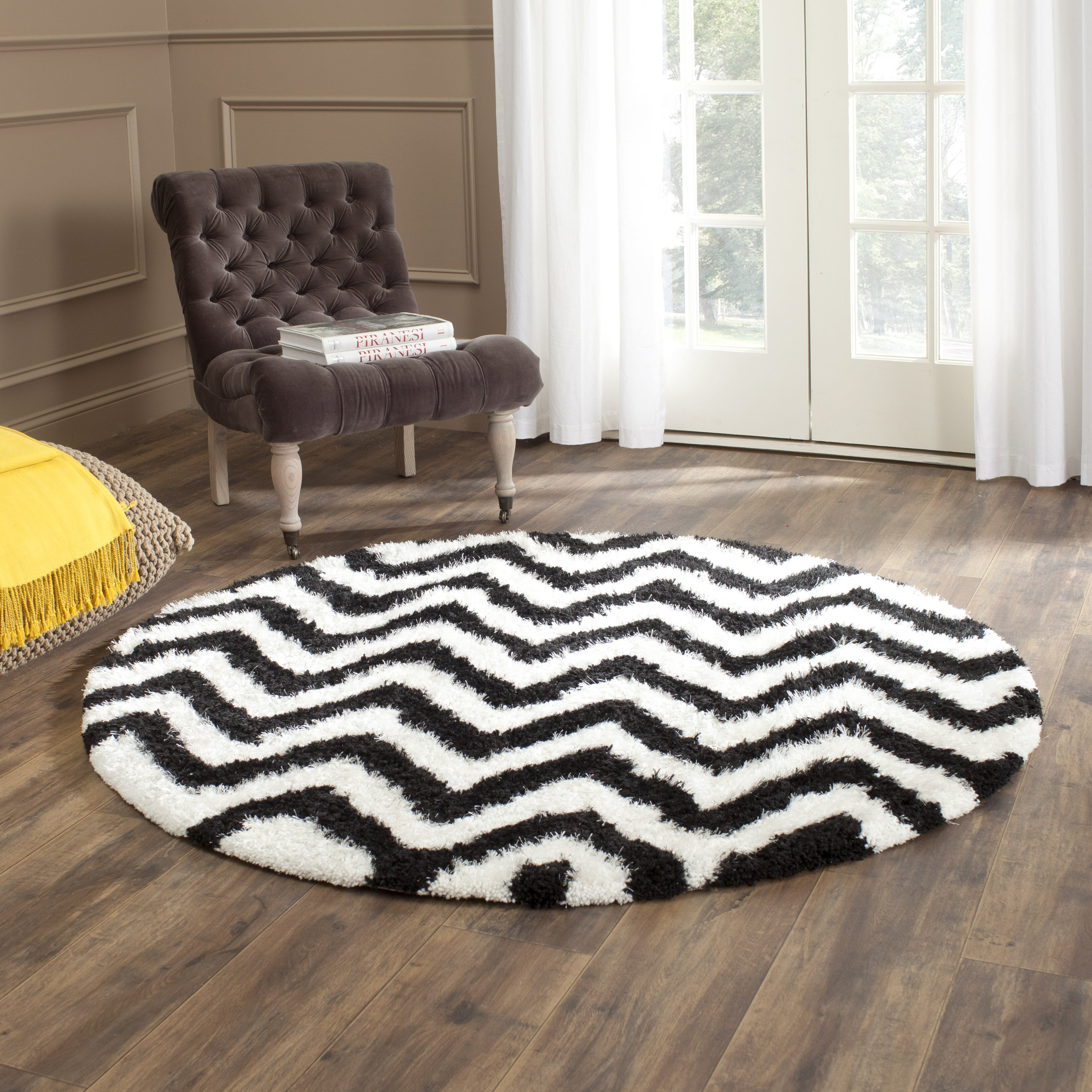 safavieh barcelona white black area rug reviews wayfair. Black Bedroom Furniture Sets. Home Design Ideas