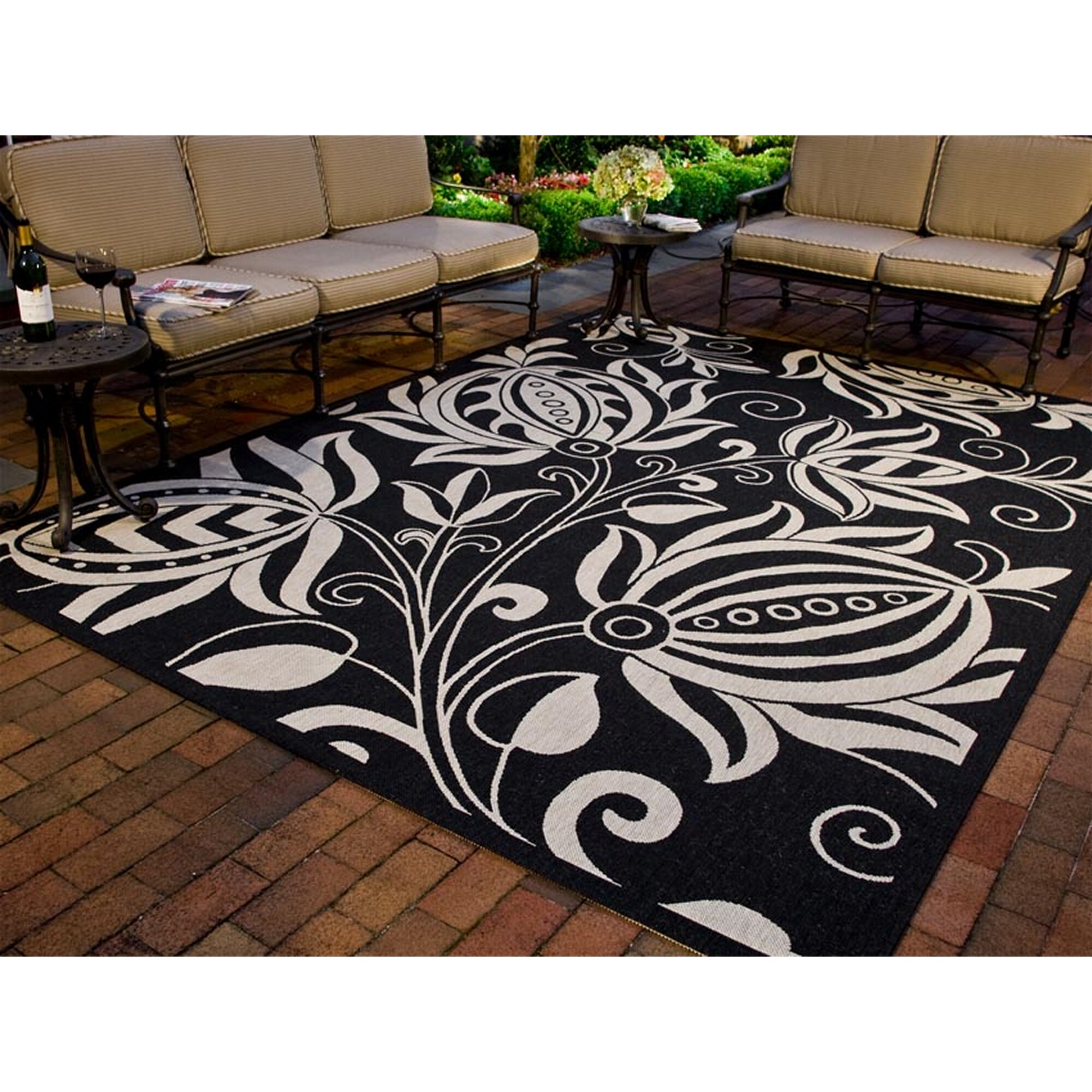 Safavieh courtyard black tan indoor outdoor area rug for Indoor out door rugs
