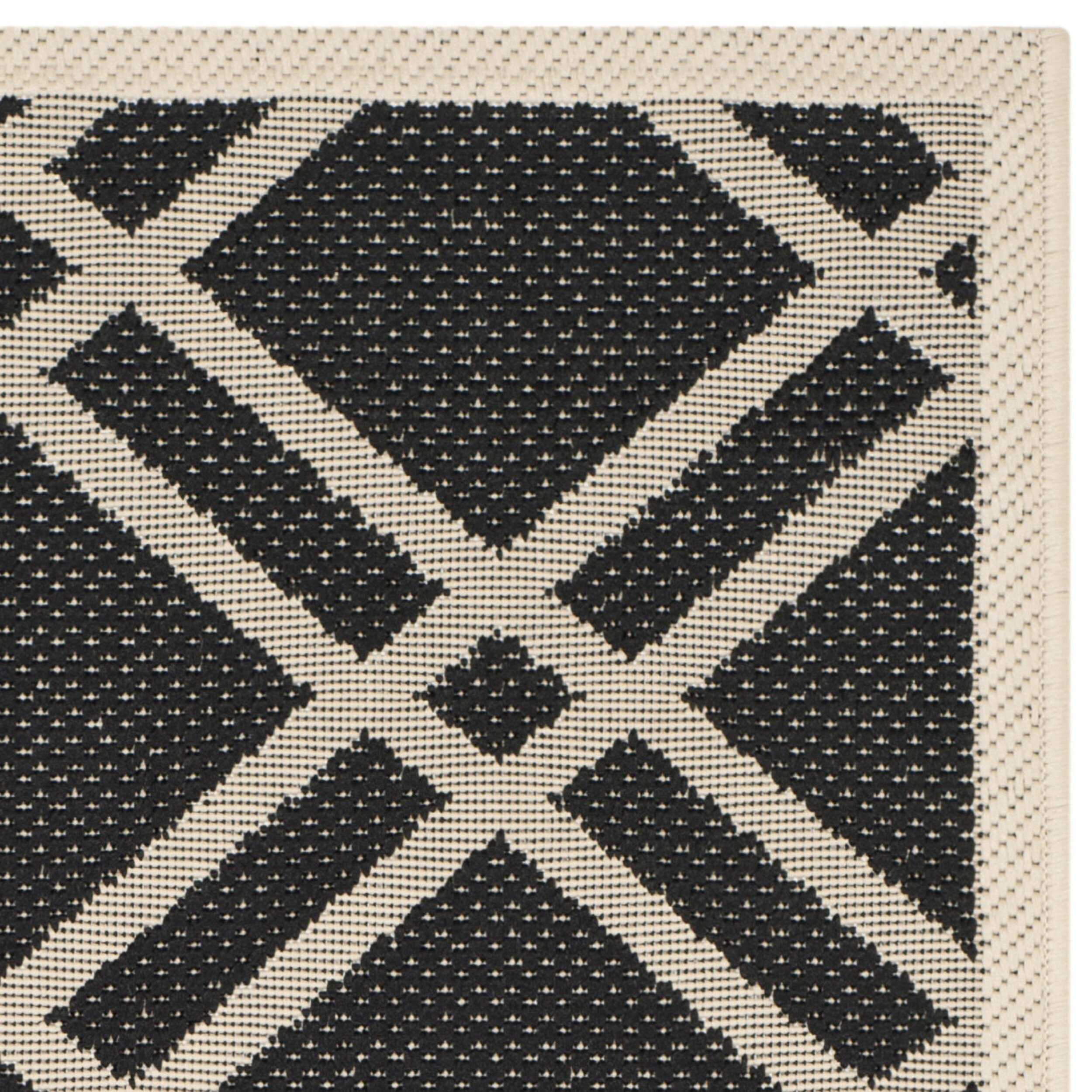 Black And White Rug Outdoor: Safavieh Courtyard Black/Beige Outdoor Rug & Reviews
