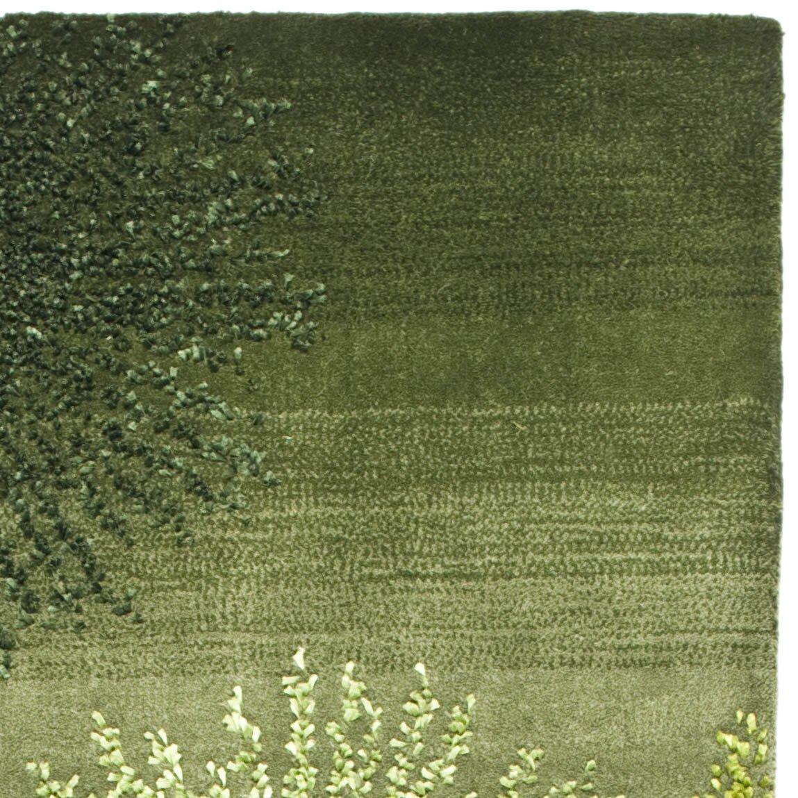 Safavieh Soho Green Area Rug & Reviews