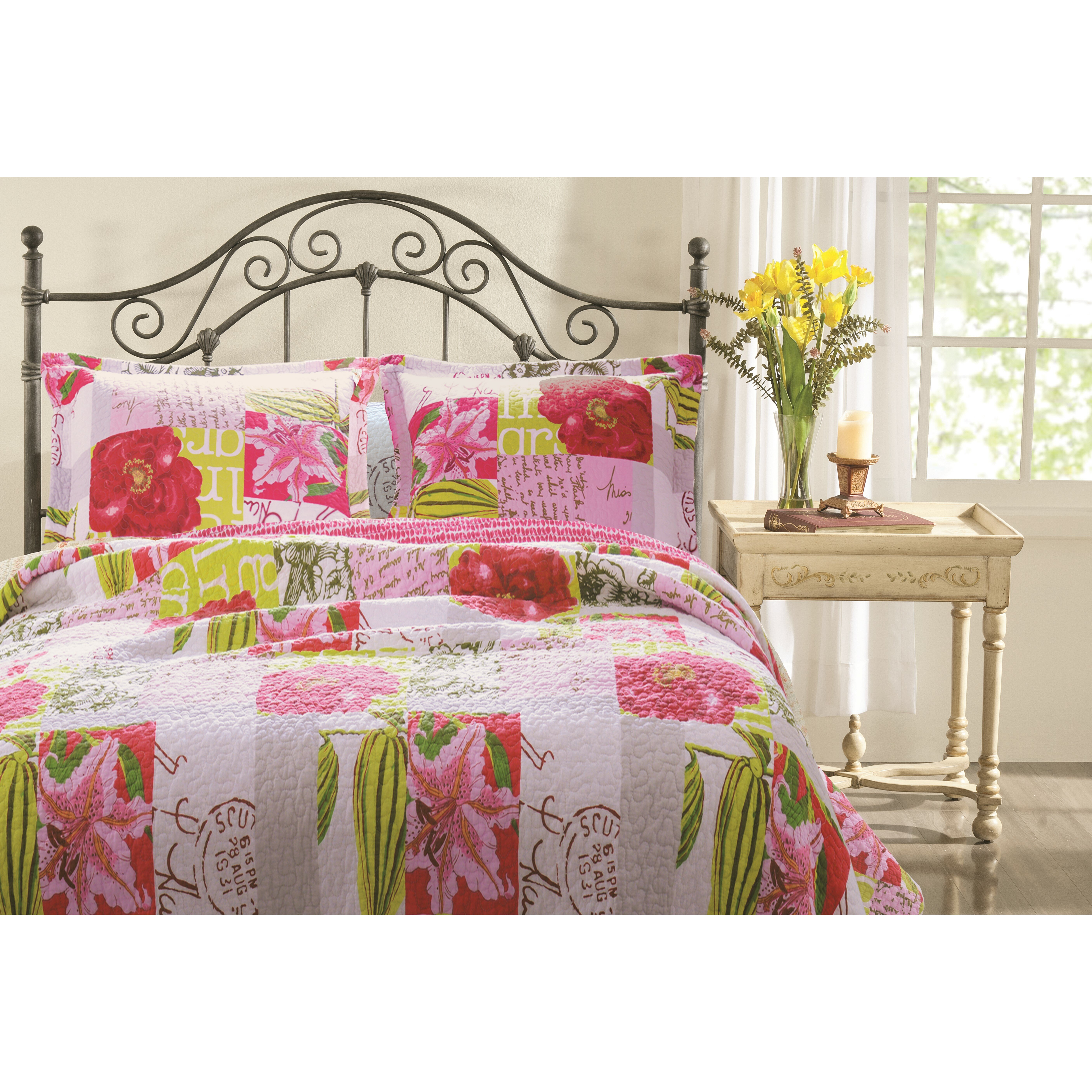 Greenland Home Fashions Love Letters Reversible Quilt Set