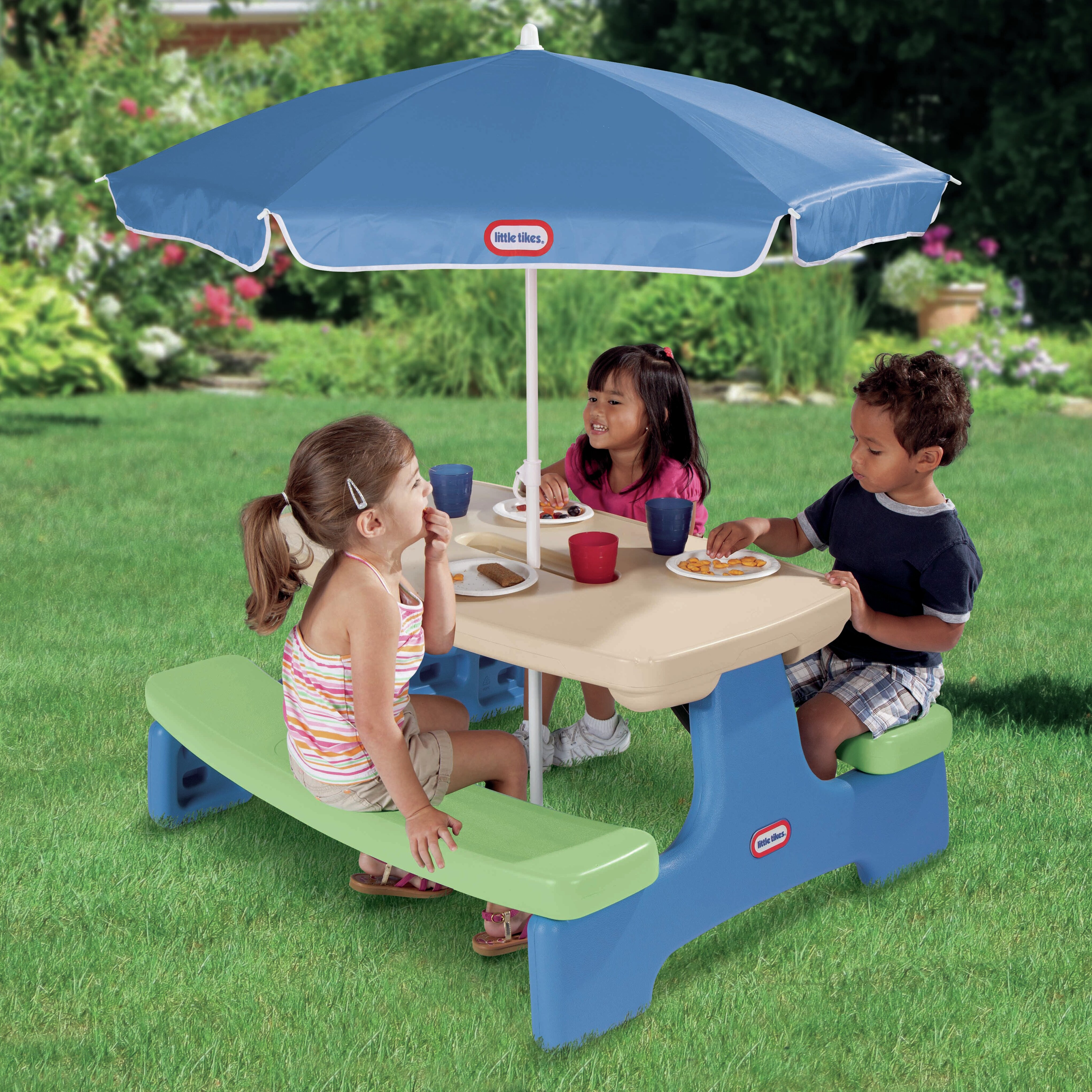 Little tikes easy store picnic table with umbrella - Children s picnic table with umbrella ...
