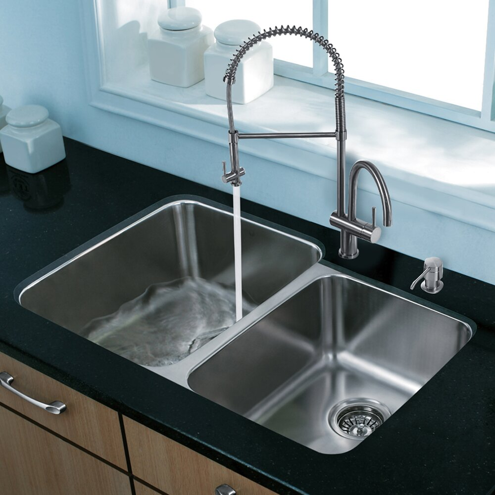 Vigo 32 Inch Undermount 60 40 Double Bowl 18 Gauge Stainless Steel Kitchen Sink With Dresden