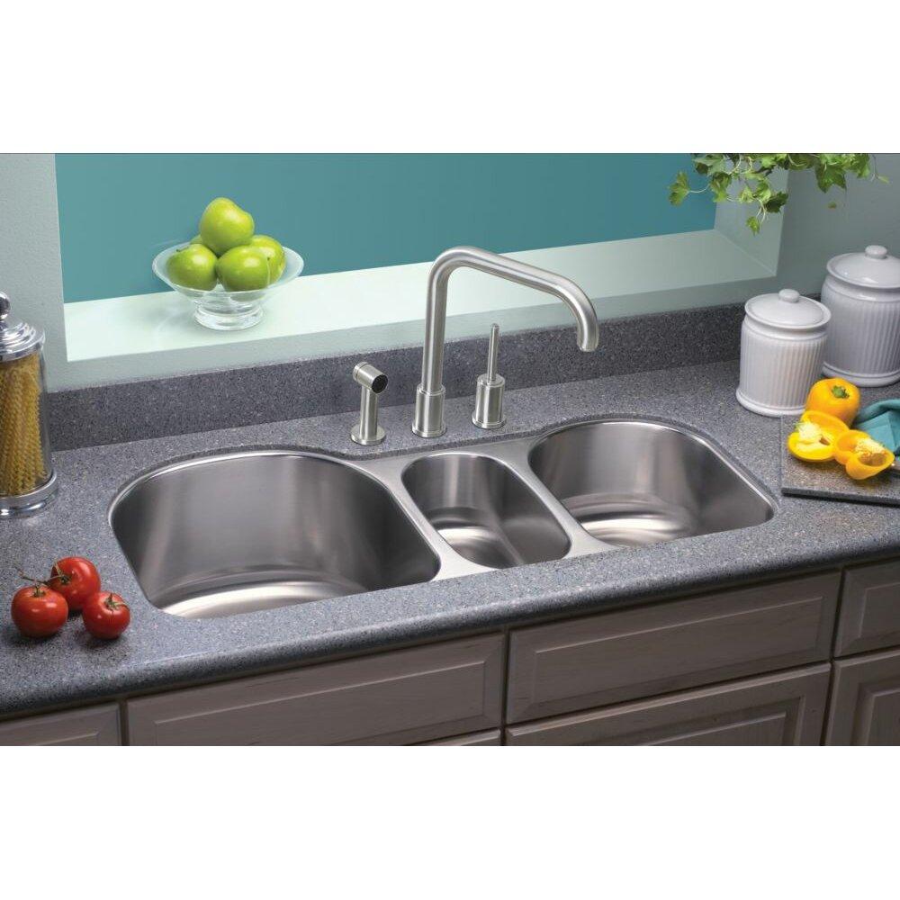 Elkay Lustertone 39 5 X 20 Undermount Triple Bowl Kitchen Sink Reviews Wayfair